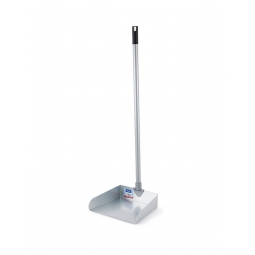 Recogedor metálico con palo